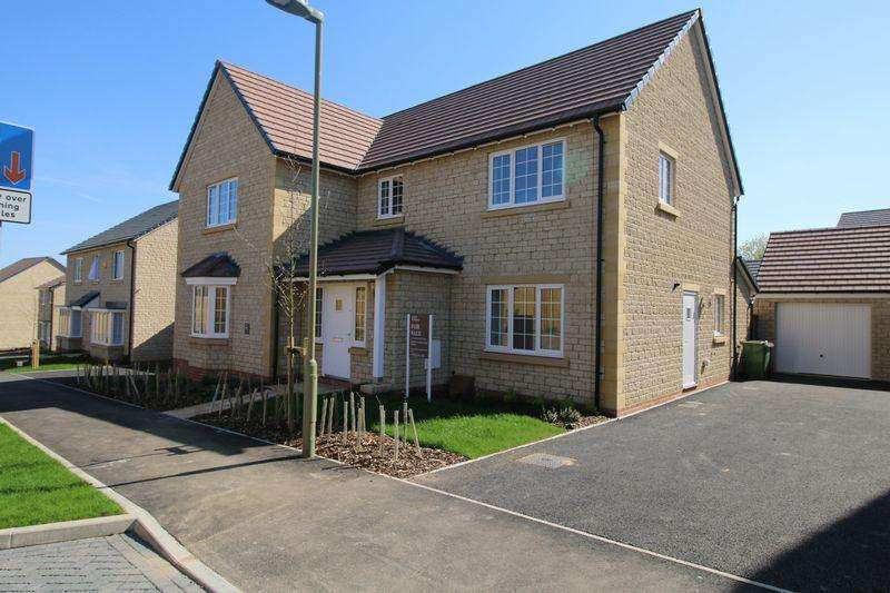 5 Bedrooms Detached House for sale in Mill Green Wheatley