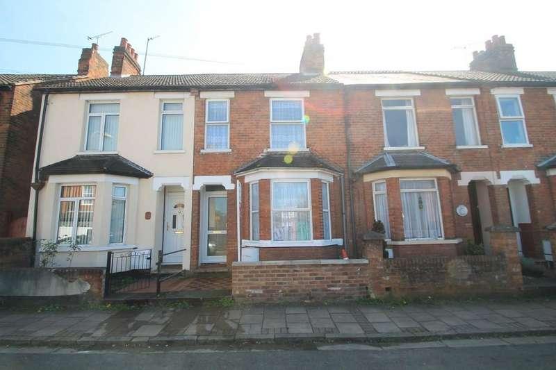 3 Bedrooms Terraced House for sale in Princes Road, Aylesbury