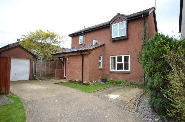 3 Bedrooms Detached House for sale in Northway, Wokingham, Berkshire