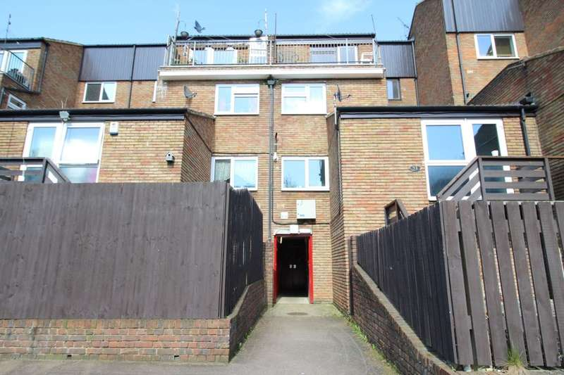 1 Bedroom Flat for sale in Ebbsfleet Walk, Northfleet, Gravesend, DA11