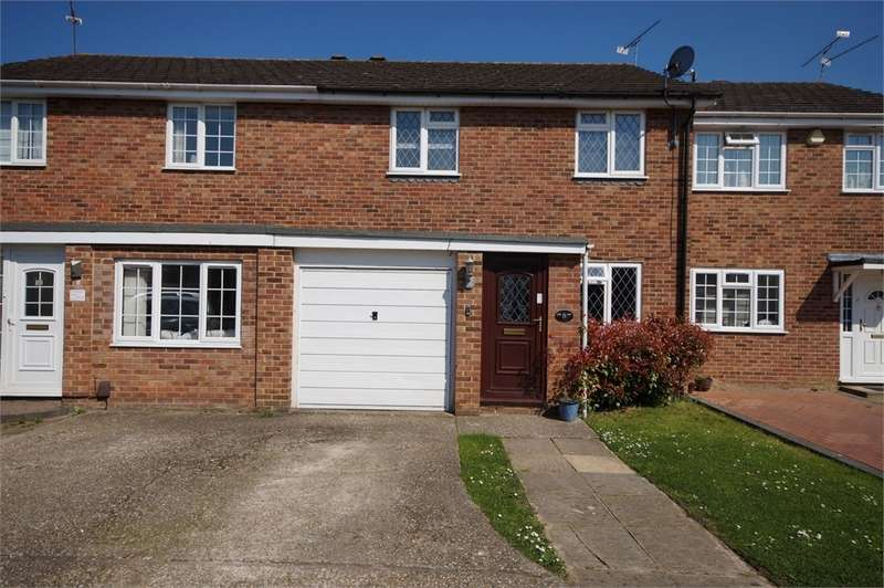 3 Bedrooms Terraced House for sale in Stowmarket Close, Lower Earley, READING, Berkshire