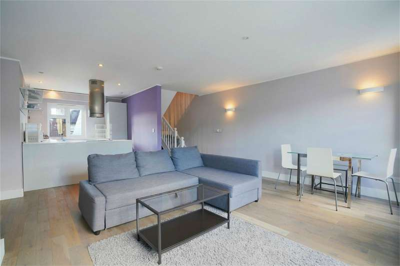 2 Bedrooms Flat for sale in Percy Road, Shepherds Bush