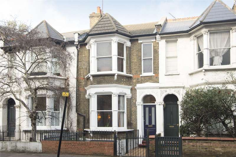 3 Bedrooms Flat for sale in Richmond Road, London, E8