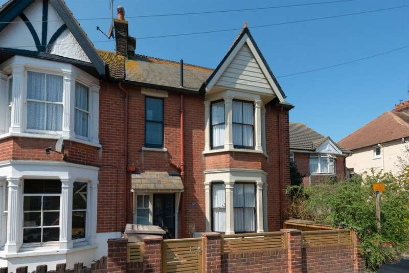 3 Bedrooms End Of Terrace House for sale in Cromwell Road, Whitstable, CT5