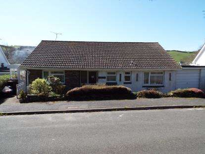 3 Bedrooms Bungalow for sale in Gorran Haven, St Austell, Cornwall