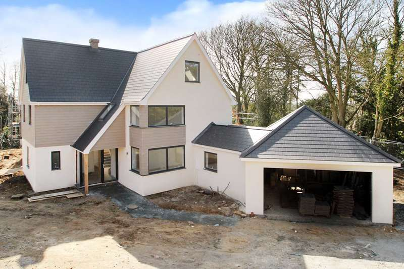 6 Bedrooms House for sale in Station New Road, Brundall