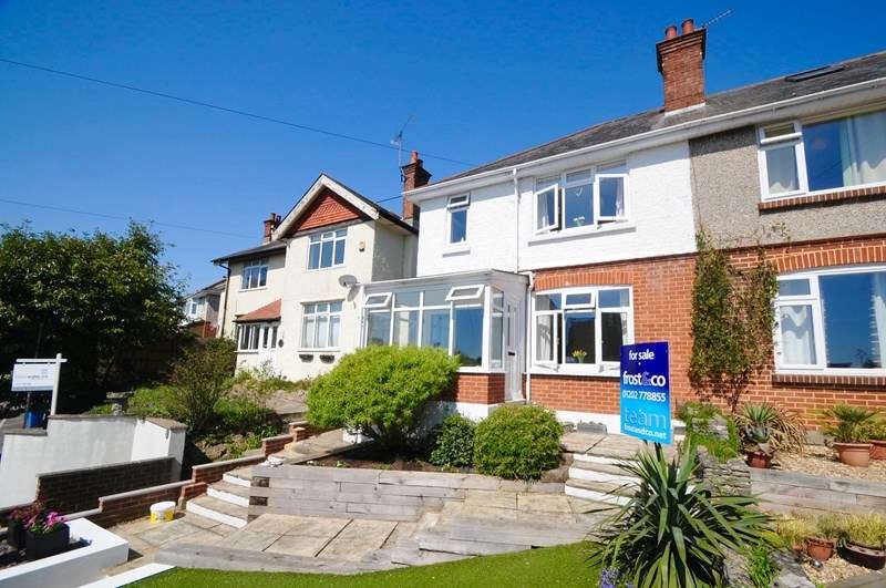 3 Bedrooms Semi Detached House for sale in Ponsonby Road, Alexandra Park, Poole