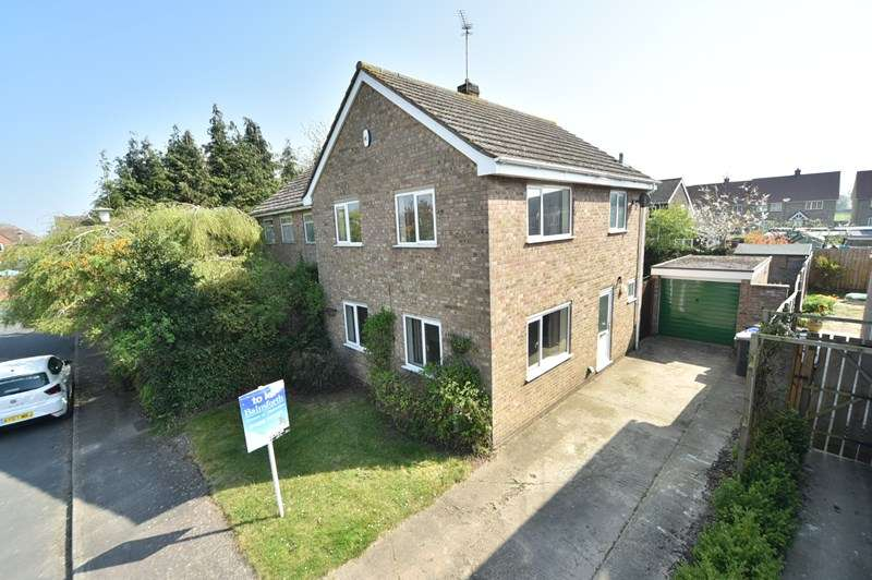 3 Bedrooms Semi Detached House for sale in Manor View, Barton Mills, BURY ST EDMUNDS