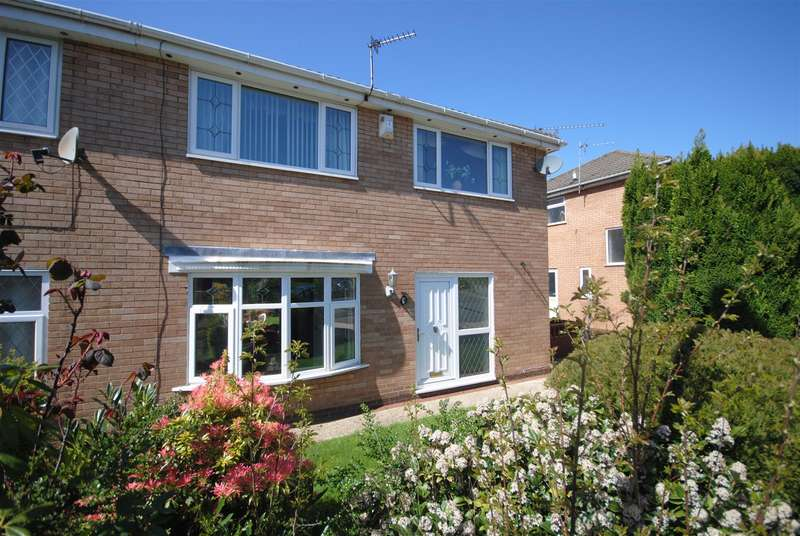 3 Bedrooms Semi Detached House for sale in Gillan Road, Wigan