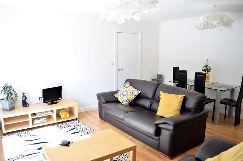 3 Bedrooms Flat for rent in The Richmond, Aspect 14 , Leeds, LS2