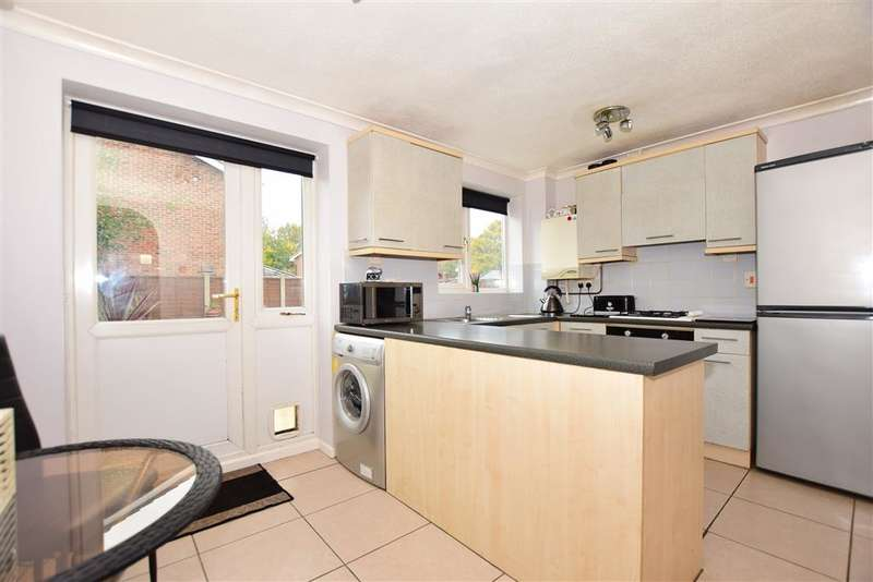2 Bedrooms Semi Detached House for sale in Firs Lane, , Folkestone, Kent
