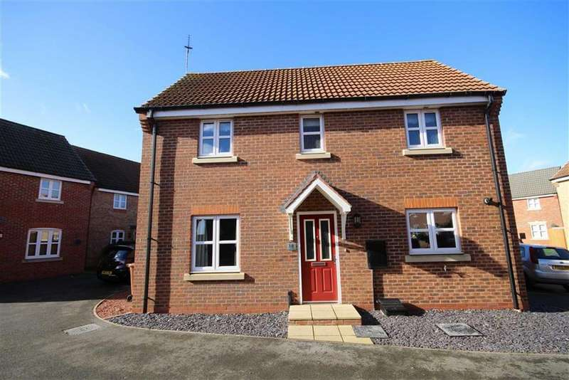 3 Bedrooms Detached House for sale in Octavian Crescent, North Hykeham, Lincoln, Lincolnshire