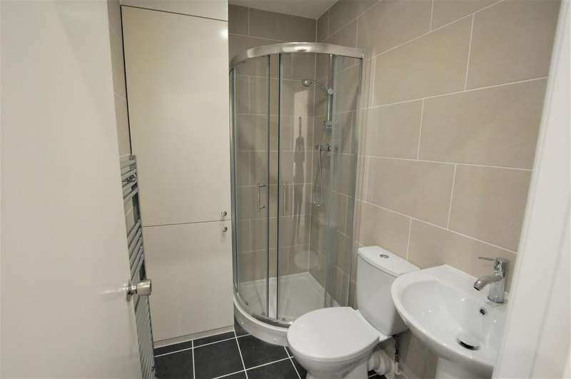 Studio Flat for sale in Angel Pavement, Royston