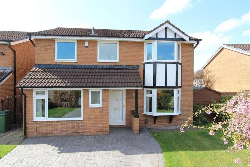 4 Bedrooms Detached House for sale in Harmsworth Drive, Heaton Moor