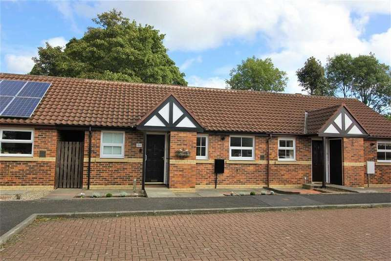 2 Bedrooms Bungalow for sale in Northfield Drive, Middlesbrough