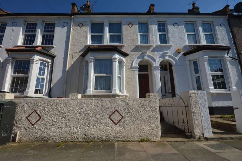 3 Bedrooms Terraced House for sale in Farley Road London SE6