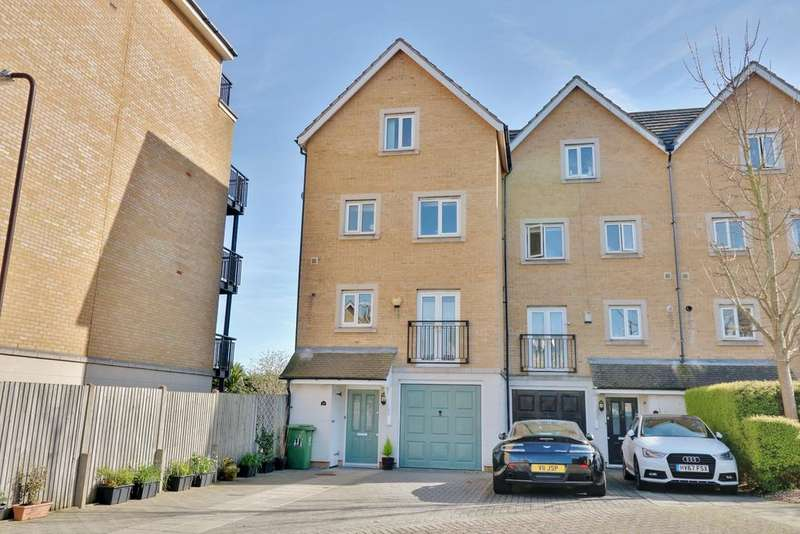 4 Bedrooms Town House for sale in Centurion Gate, Eastney, Southsea