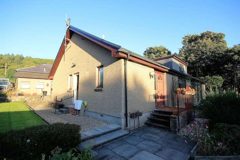 3 Bedrooms Semi Detached Bungalow for sale in 2 Broompark , 128 Irvine Road, Largs, KA30 8EY