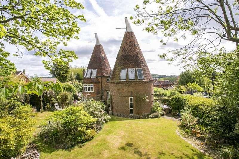 5 Bedrooms Detached House for sale in The Street, Plaxtol, Sevenoaks, Kent, TN15