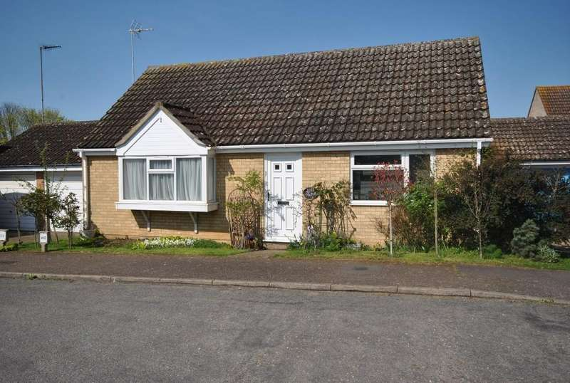 2 Bedrooms Detached Bungalow for sale in Lord Road, Diss, Norfolk