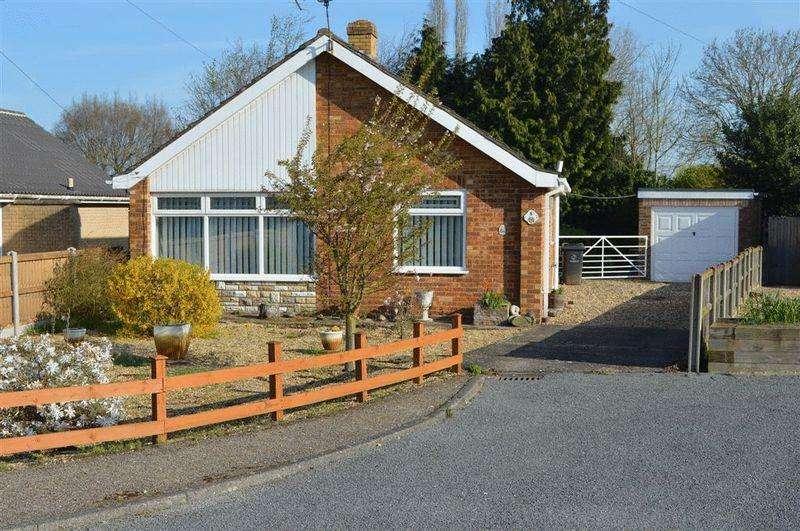 2 Bedrooms Detached Bungalow for sale in Walnut Grove Watton