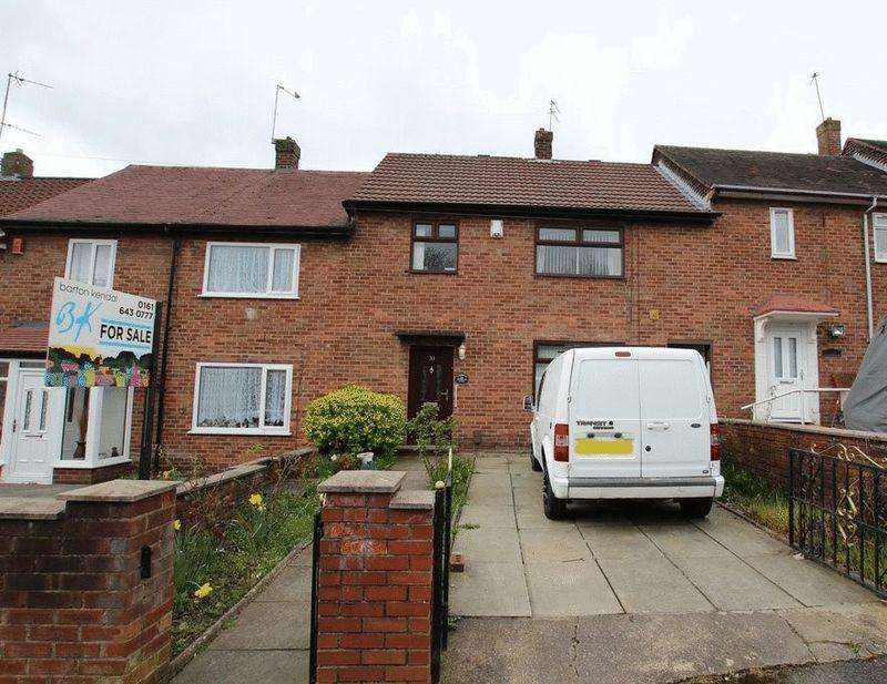 3 Bedrooms Terraced House for sale in Ennerdale Road, Middleton, Manchester M24 5RF