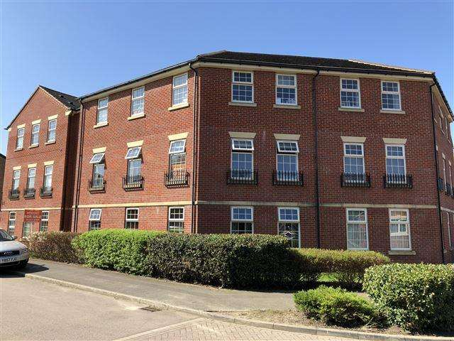 2 Bedrooms Flat for sale in Carlton Gate Drive, Kiveton, Sheffield, S26 5PT