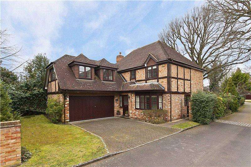 5 Bedrooms Detached House for sale in The Grange, Midway, Walton-On-Thames, Surrey, KT12