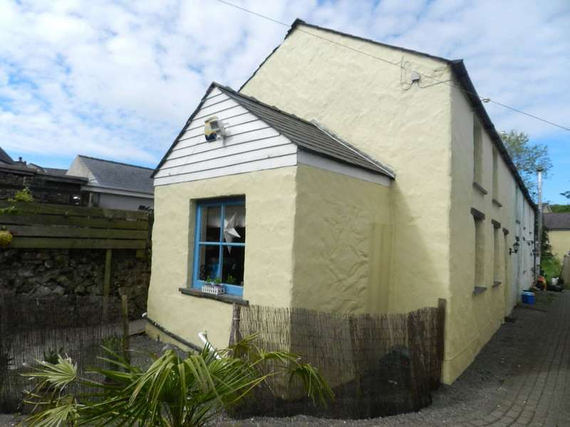 2 Bedrooms End Of Terrace House for sale in Barn 3, Rear Of 23a, Dew Street, Haverfordwest