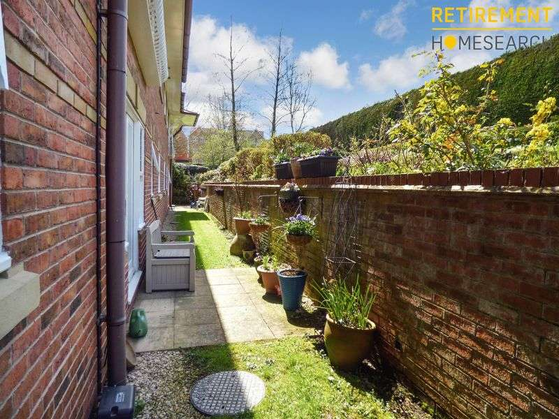 1 Bedroom Property for sale in Rowan Court, Droitwich, WR9 8AH