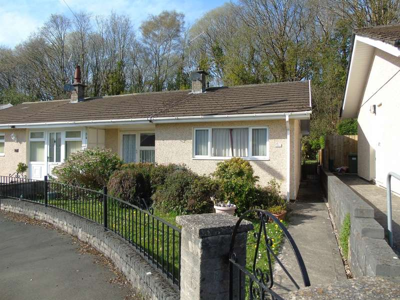 1 Bedroom Semi Detached Bungalow for sale in Morien Crescent, Pontypridd