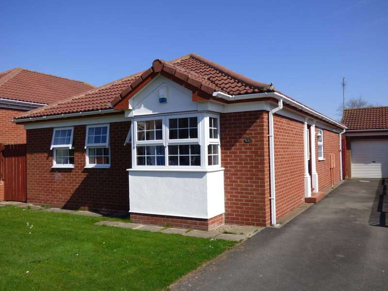 3 Bedrooms Detached Bungalow for sale in Cornwallis Close, Brotton