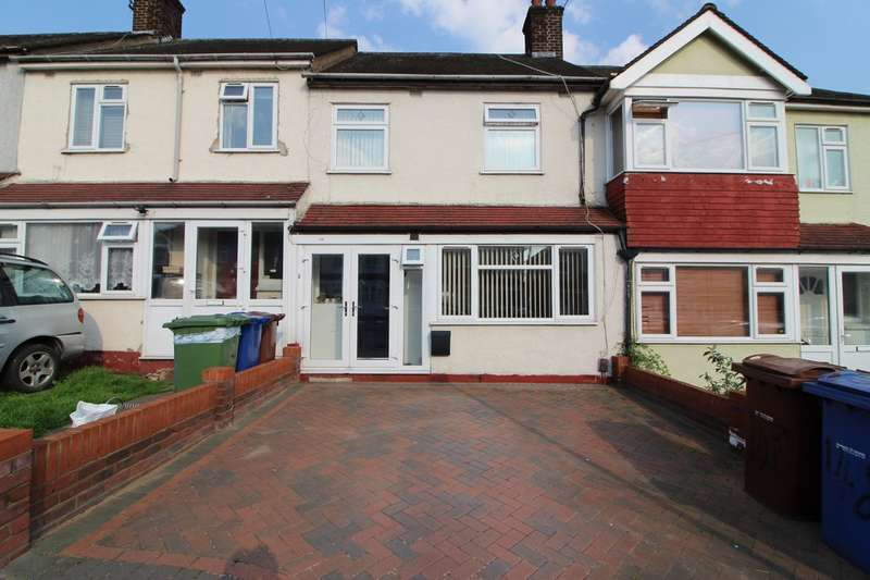 3 Bedrooms Terraced House for sale in Palmerston Road, Grays