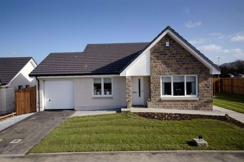 3 Bedrooms Detached Bungalow for sale in Strathisla Park Sellar Crescent, Keith, AB55
