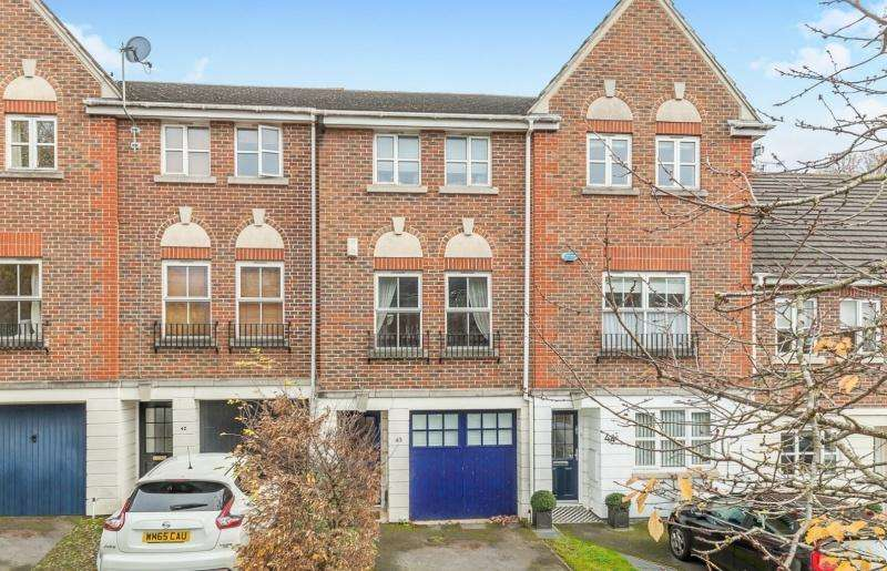 4 Bedrooms Detached House for sale in Temple Cowley OX4 2LD