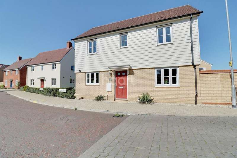 3 Bedrooms Detached House for sale in Trowel Place, Colchester, CO2
