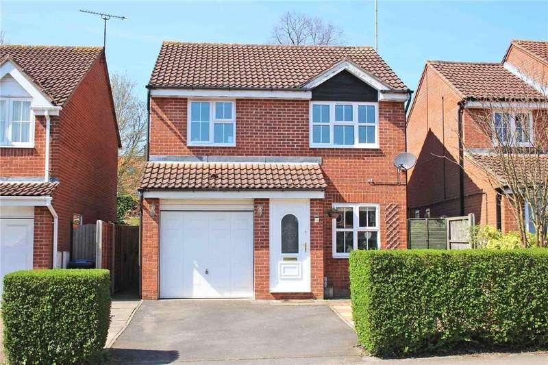 3 Bedrooms Detached House for sale in Gresley Close, Welwyn Garden City, Hertfordshire