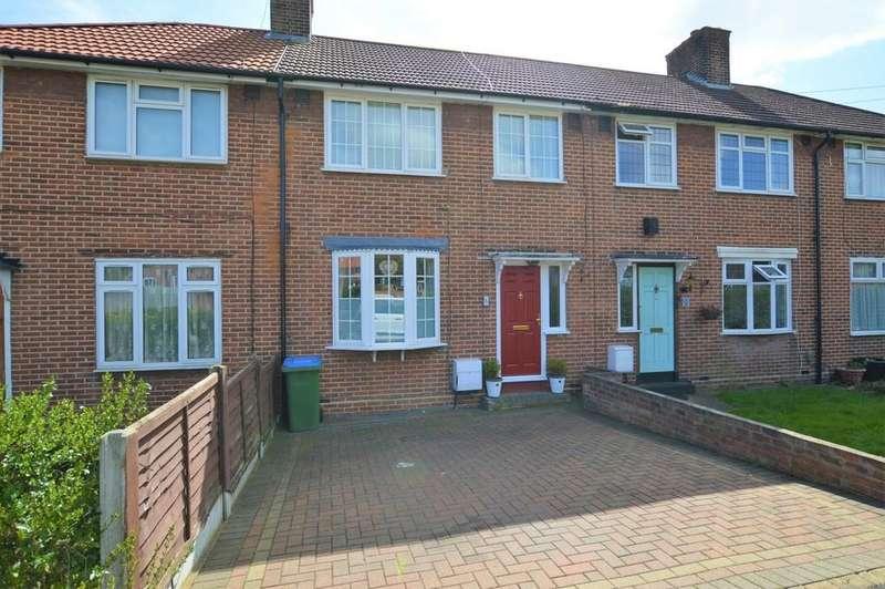 3 Bedrooms Terraced House for sale in Tilbrook Road, Kidbrooke SE3