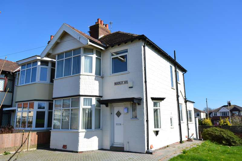 3 Bedrooms Semi Detached House for sale in Waverley Avenue, Blackpool, FY1 2RT