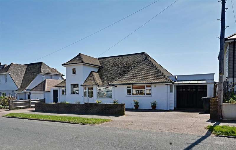3 Bedrooms Detached House for sale in South Cliff, Bexhill-On-Sea