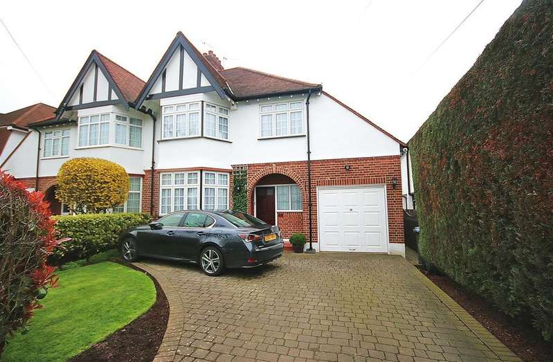 3 Bedrooms House for sale in Freston Gardens, Cockfosters, Barnet