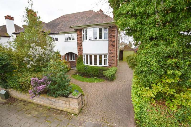 4 Bedrooms Semi Detached House for sale in Dunster Road, West Bridgford, Nottingham