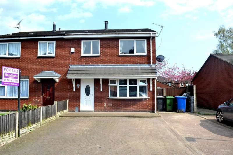 2 Bedrooms Semi Detached House for sale in Arthur Street, Leigh