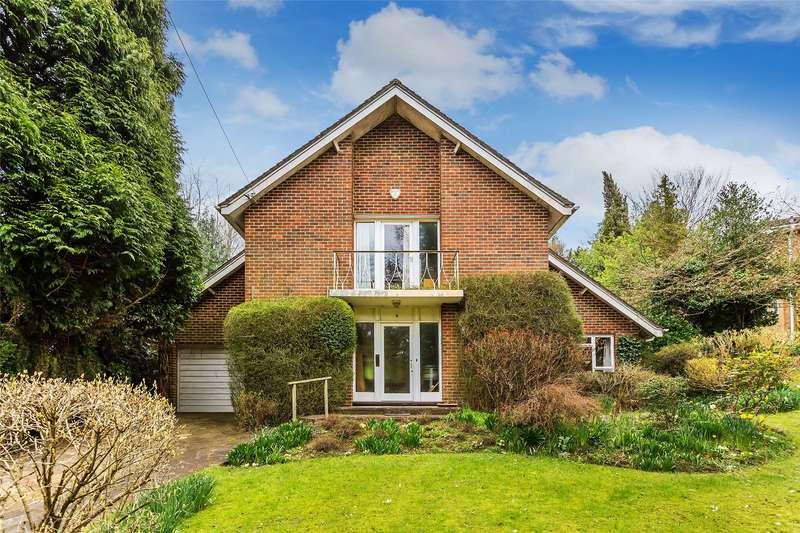 3 Bedrooms Detached House for sale in Gatton Close, Reigate, Surrey, RH2