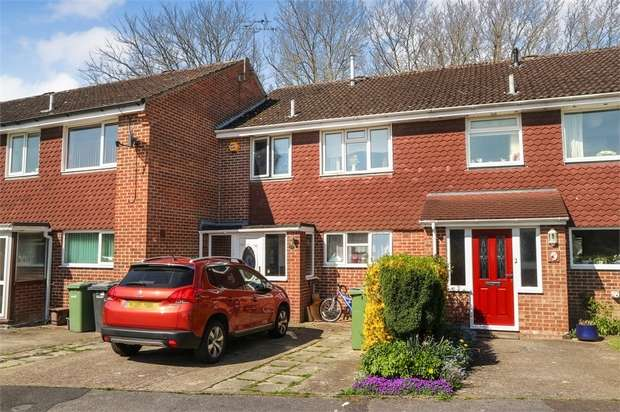 3 Bedrooms Terraced House for sale in Mottisfont Road, Eastleigh, Hampshire