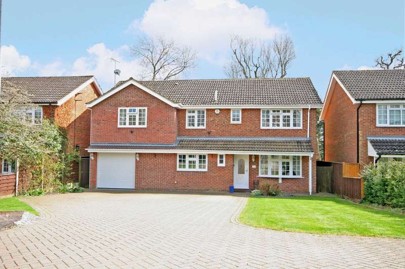 5 Bedrooms Detached House for sale in Leverstock Green