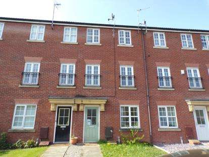 4 Bedrooms Terraced House for sale in Marland Way, Stretford, Manchester, Greater Manchester