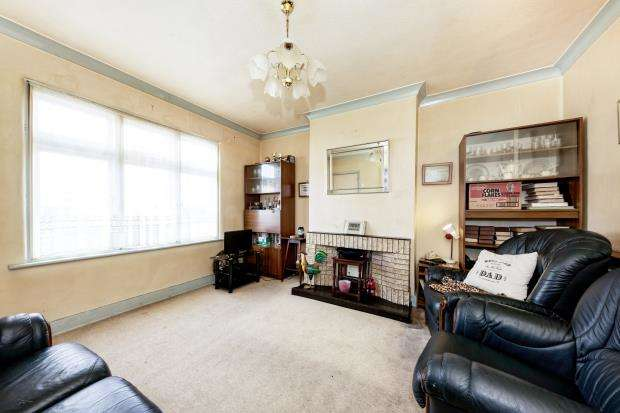 3 Bedrooms Terraced House for sale in Bookham, Surrey