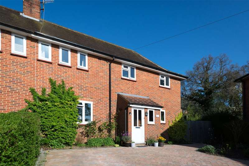 3 Bedrooms Semi Detached House for sale in Chart Downs, Dorking, Surrey, RH5
