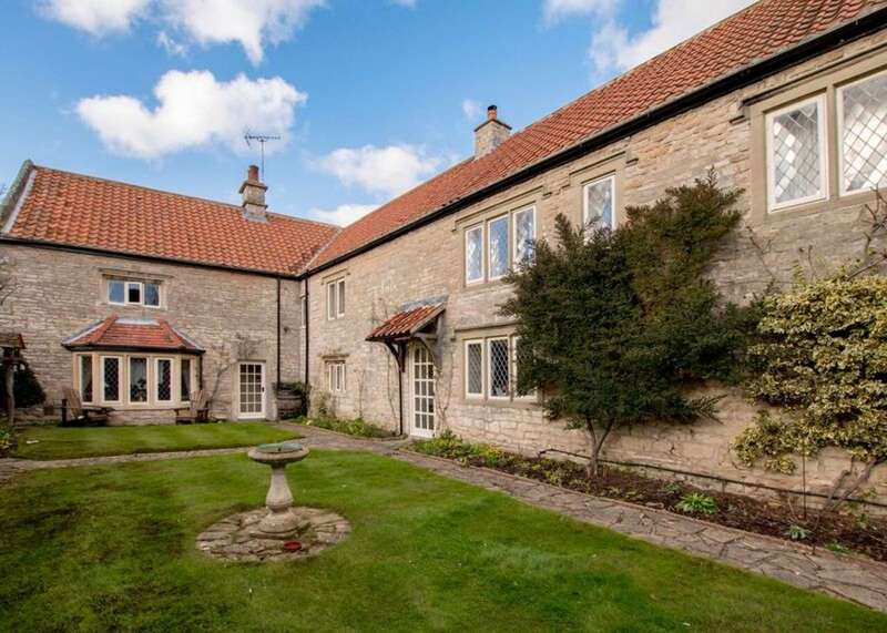 5 Bedrooms Detached House for sale in Manor Farm, Firbeck